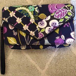 Handbags - Vera Bradley Wristlet in Floral Nightingale
